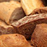 Assortiment de petits pains pour petit-déjeuner d'entreprise à Beaune